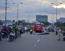 Tai nạn gây kẹt xe trầm trọng trên cầu vào trung tâm TPHCM