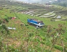 Xe chở du khách tham quan Sa Pa bất ngờ lao xuống vực