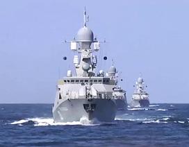 Hàng loạt tàu chiến Nga bất ngờ đổ ra Biển Đen và Caspi