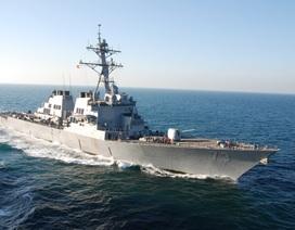 Tàu chiến Mỹ thách thức chủ quyền phi lý của Trung Quốc ở Biển Đông