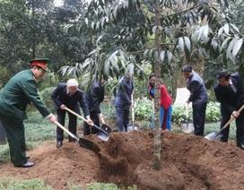 Tổng Bí thư dâng hương tưởng niệm Chủ tịch Hồ Chí Minh tại Khu di tích K9