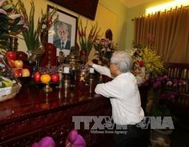 Tổng Bí thư Nguyễn Phú Trọng dâng hương tưởng niệm Tổng Bí thư Lê Duẩn