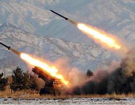 Triều Tiên: Nhằm Đông, ngó Tây