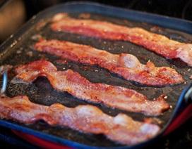 Những nguy cơ rình rập khi ăn thịt xông khói