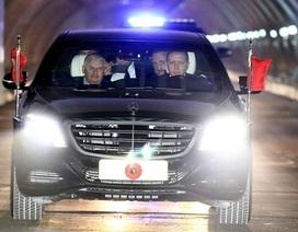 Tổng thống tự lái xe qua hầm vượt biển Á-Âu