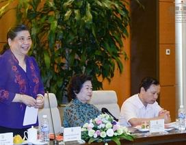 Phó Chủ tịch Quốc hội kể về những cảnh vệ thân tín