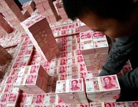 Truyền hình Trung Quốc chiếu cảnh 3 tấn tiền giấu trong nhà quan tham