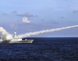 Trung Quốc thông báo tập trận sau khi Mỹ tuần tra Biển Đông