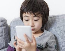 Học sinh Nhật Bản giảm thị lực vì điện thoại thông minh