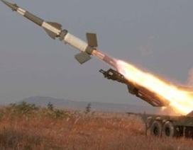 """""""Triều Tiên đang thu lợi lớn từ xuất khẩu công nghệ quân sự"""""""