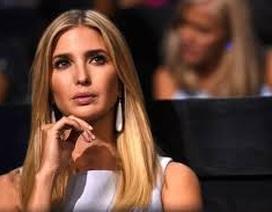 Bị đuổi khỏi máy bay vì to tiếng với ái nữ nhà Trump
