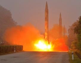 Tên lửa Triều Tiên bay 1.000km trước khi lao xuống lãnh hải Nhật Bản