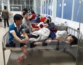 TP.HCM: Hàng chục công nhân nhập viện nghi ngộ độc thực phẩm