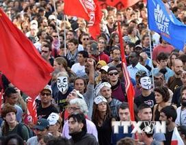 Italy: Công nhân cơ khí đình công yêu cầu thay đổi hợp đồng lao động