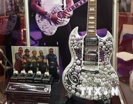 Cây đàn guitar nạm vàng và kim cương đắt giá nhất thế giới