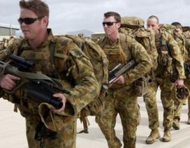 """Australia bất an vì quân phục """"Made in China"""""""