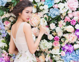 Thúy Vân tái ngộ Hoa hậu Quốc tế