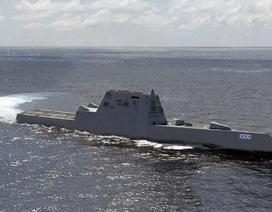 Hải quân Mỹ tiếp nhận siêu khu trục hạm tàng hình USS Zumwalt