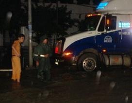 Trắng đêm chống lũ tại Bắc Bình, Bình Thuận