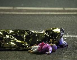 Bức ảnh chạm đến trái tim thế giới trong vụ thảm sát ở Pháp