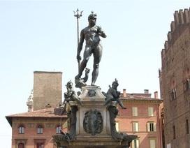 Facebook nhầm lẫn tượng đài phun nước ở Ý là ảnh khiêu dâm