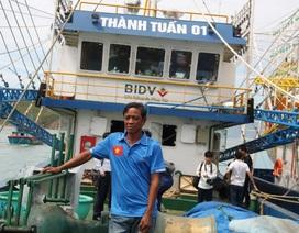 """Vụ tàu vỏ thép hư hỏng: Ngư dân """"xuống nước"""" công ty vẫn nhùng nhằng"""