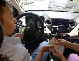 """Lái xe Uber, Grab """"ngã ngửa"""" vì bị truy thu thuế"""