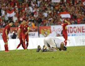 Tuyển thủ U22 Việt Nam buồn bã sau khi bị Indonesia cầm hòa