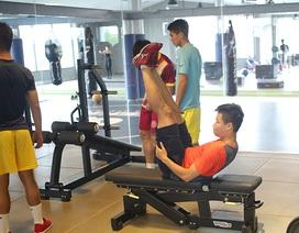U22 Việt Nam tập Gym, HLV Hữu Thắng gọi thêm sao U20