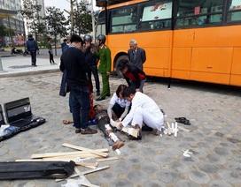 Hà Nội: Thùng phuy phát nổ, một người bị gãy hai chân