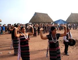 Đưa văn hóa Cơtu về phố cổ Hội An phục vụ du khách