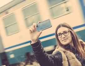 Sri Lanka cấm chụp selfie gần đường ray tàu điện để hạn chế tai nạn
