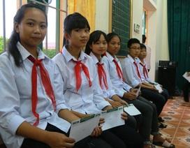 """Trao 20 suất học bổng """"Về Trường Sơn 2017"""" đến học sinh nghèo học giỏi Ninh Bình"""