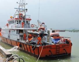 Vụ tàu cá chìm, 4 người mất tích:  Vừa tìm được 1 ngư dân còn sống