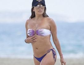 Eva Longoria mang bầu 4 tháng