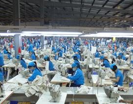Doanh nghiệp dệt may kêu khổ vì tăng lương liên tục