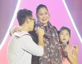 NSND Hồng Vân cùng 2 con lấy nước mắt khán giả