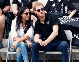 Chuyện tình lãng mạn của Hoàng tử Anh và bạn gái hơn tuổi