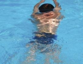 """Những lưu ý về """"chết đuối trên cạn"""" khi con đi bơi cha mẹ nên biết"""