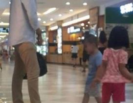 Bức ảnh chồng đi guốc của vợ khiến mạng xã hội xôn xao tranh cãi