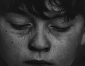 5 điều bố mẹ nên làm để con trẻ không còn tự ti về ngoại hình