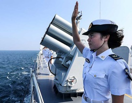 NATO lo ngại Nga, để mắt Trung Quốc