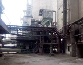 Một công nhân nhà máy xi măng bị cuốn vào băng tải tử vong
