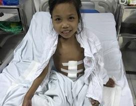Nhờ bạn đọc Dân trí giúp đỡ, cô bé Lò Thị Nhớn đã được phẫu thuật cắt lách kịp thời