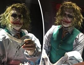 """Sửng sốt vì Joker… """"đỡ đẻ"""""""