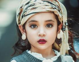 Khó rời mắt khỏi vẻ đẹp cuốn hút của bé gái Hà Nội