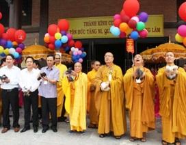 Hàng nghìn người dự Đại lễ Phật đản tại ngôi chùa lớn nhất Việt Nam