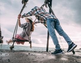 Bộ ảnh kỷ niệm 5 năm tình yêu đẹp giản dị bên bờ biển