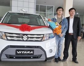 Chàng trai 21 tuổi dùng tiền làm thêm mua ô tô 800 triệu đồng tặng bố
