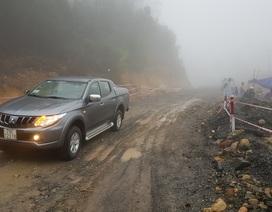 Vụ sạt lở 7.000m3 đất đá: Thông một làn đường tuyến đèo Nha Trang - Đà Lạt